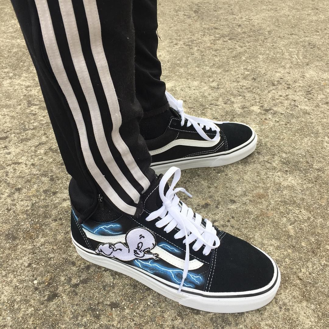 Casper Custom Vans Old Skool | Vans old skool custom, Custom