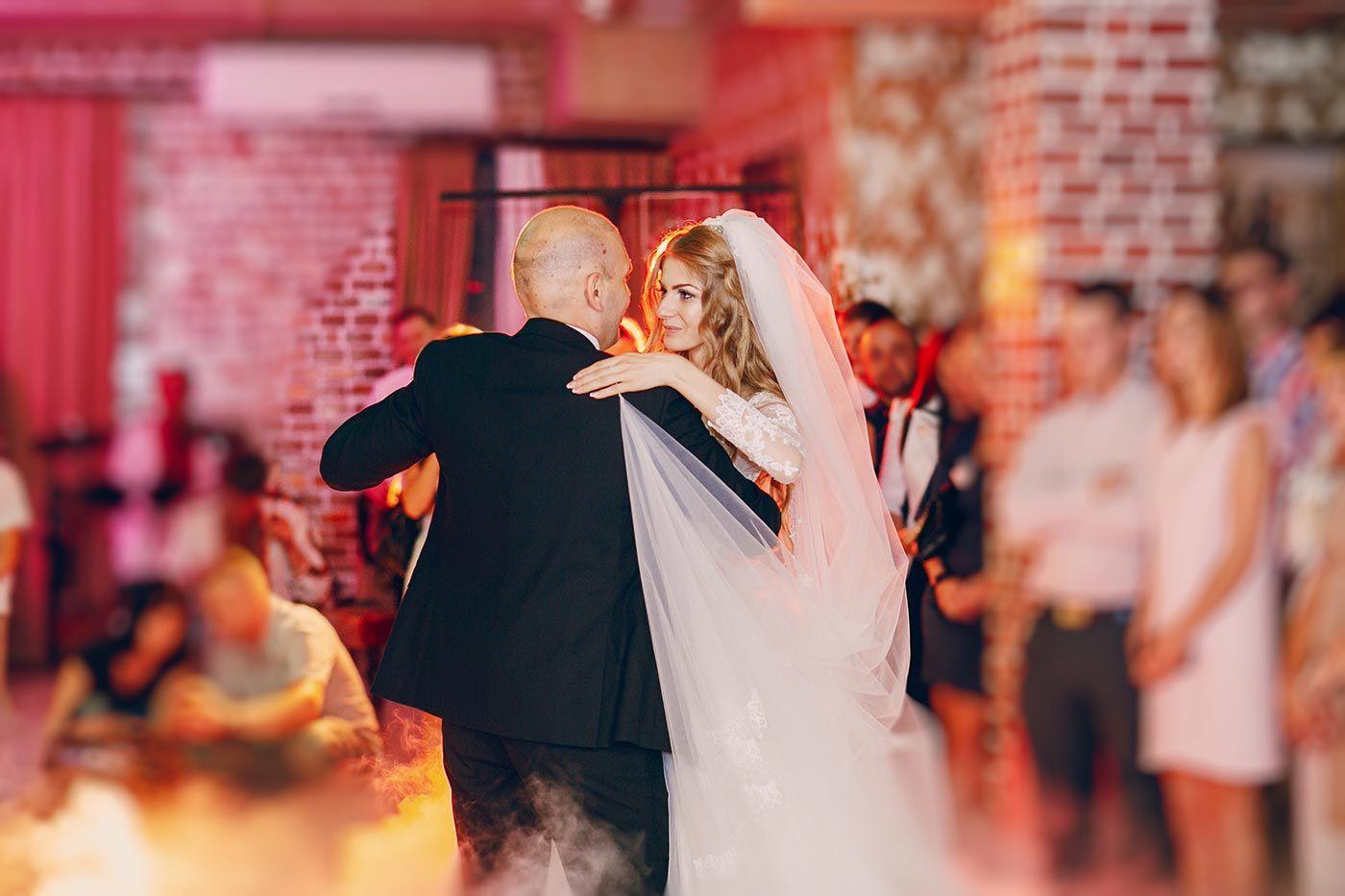 So Schon Emotionale Lieder Zum Tanzen Mit Mama Oder Papa Vater Tochter Tanz Vater Tochter Lieder Und Hochzeit Brauche