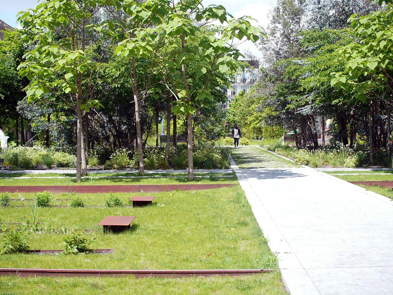 Parc urbain il t 9 ancienne usine bic jardins urbains pinte - Mobilier jardin centrakor colombes ...