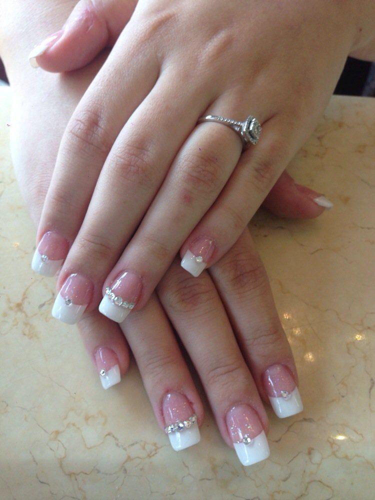 Cute French Tips Diamond Nails Diamond Nail Designs French Tip Acrylic Nails