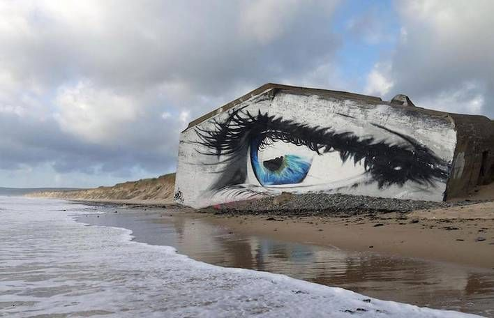Eye Street #Art Piece on a #French #Beach