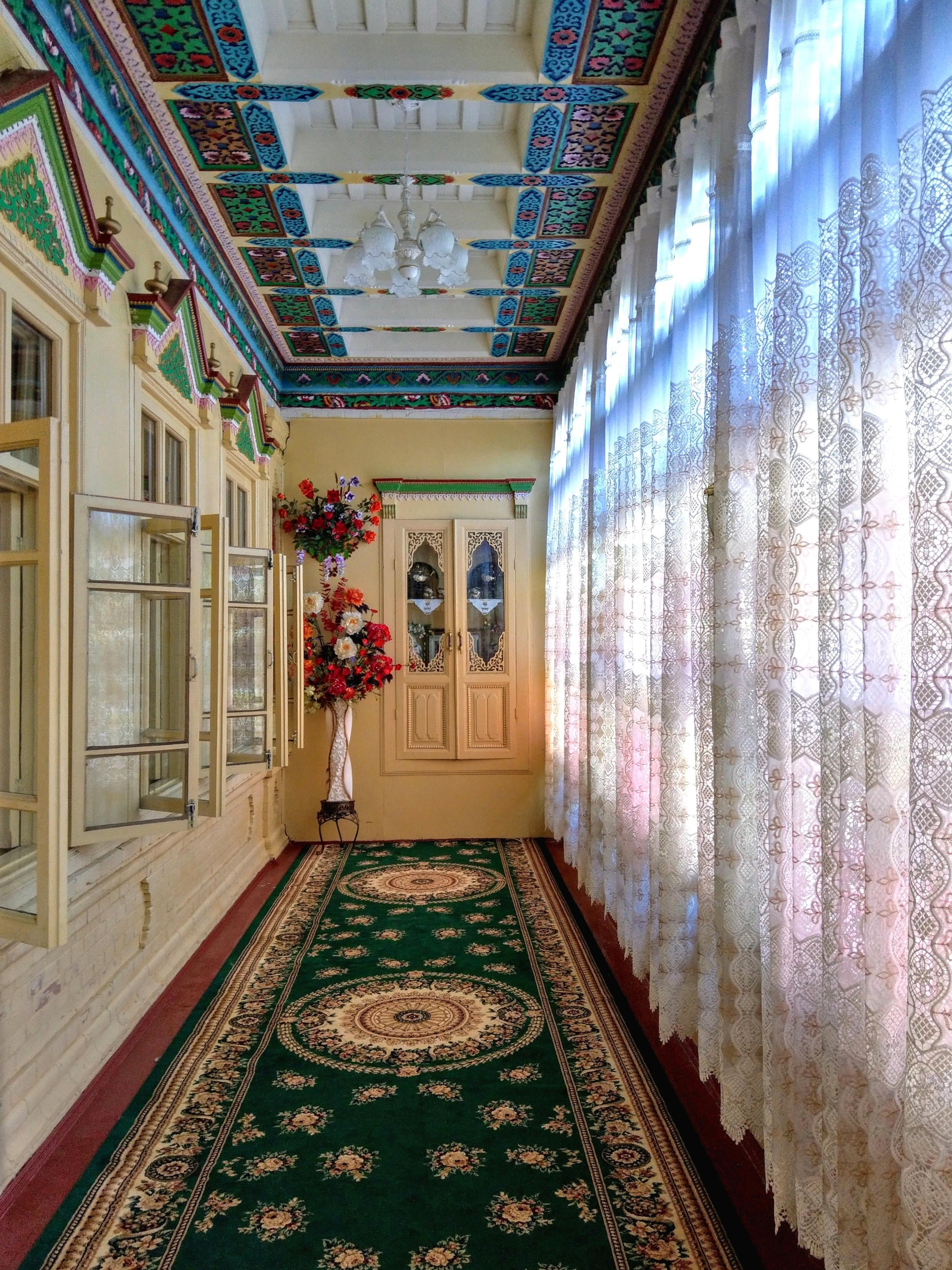 Corridor In An Uyghur House In Xinjiang China 2987 3983 Oc Check Out Desigedeco Interior Design Principles Creative Home Decor Interior Design Inspiration