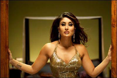 Kareena Kapoor Don 2006 Source Bollykings Com Elegant Dresses For Women Kareena Kapoor Bollywood
