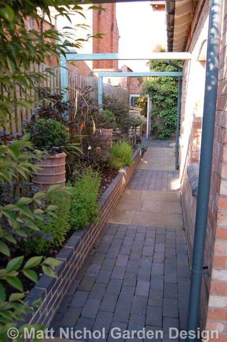 Garden design for a long narrow garden by matt nichol for Small narrow garden designs