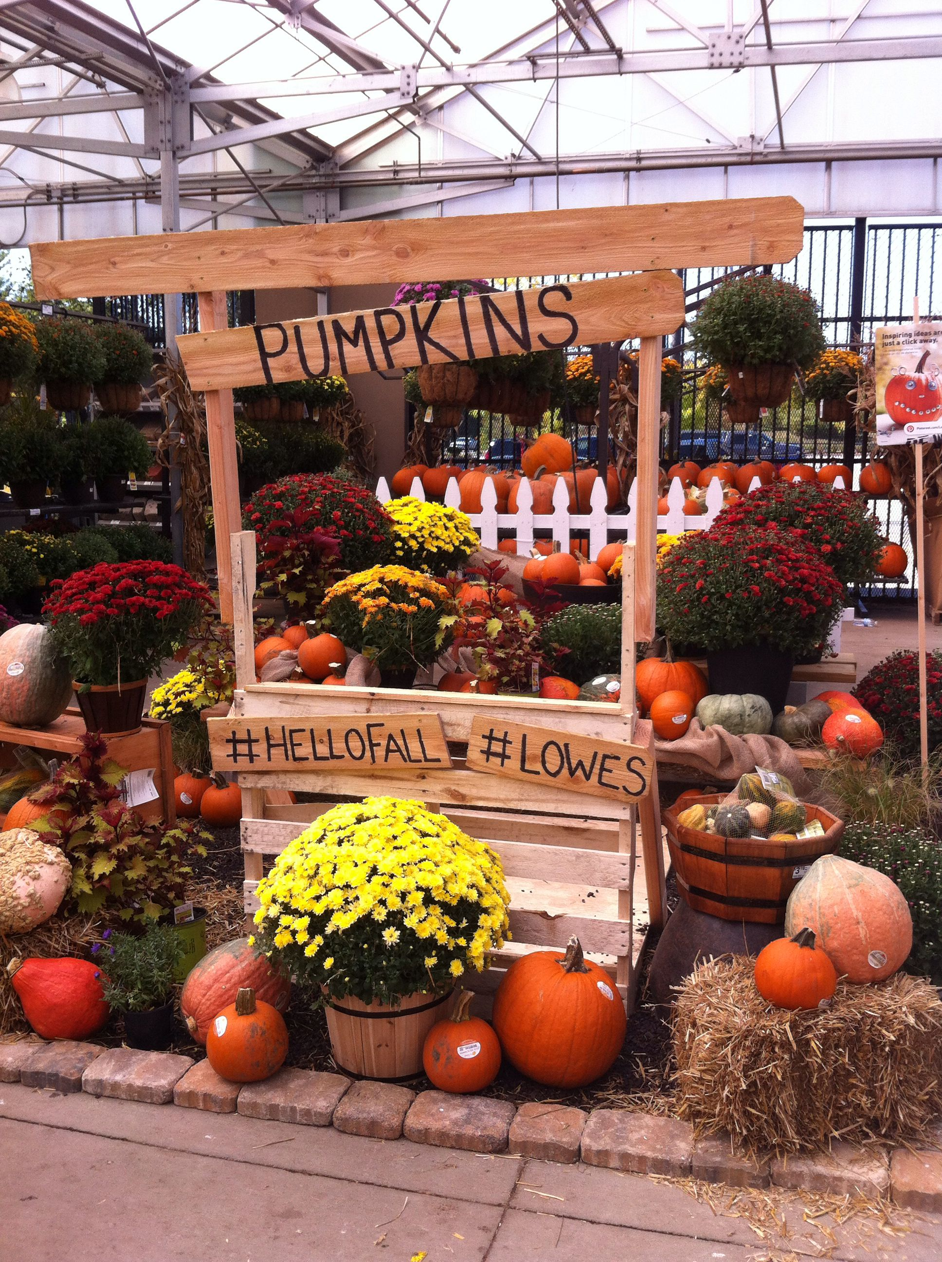 A Display At Lowes Its Hand Made Out Of Pallets Garden Center