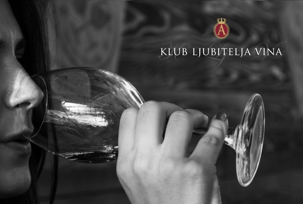 Da li poznajete rituale ispijanja vina?  Klub ljubitelja vina Aleksandrović od 17. oktobra pokreće edukaciju o vinima, vinskim sortama i vinskoj kulturi. Postanite član: http://vinarijaaleksandrovic.rs/klub-ljubitelja/klub  #vino #Srbija #Aleksandrovic #vinarija