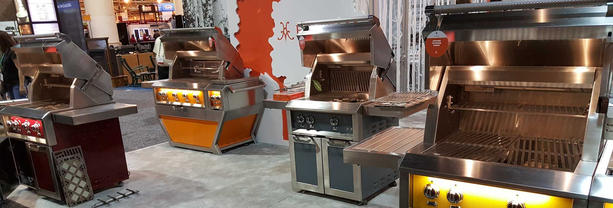 Outdoor Kitchens And Fancy Grills Heat Up The Market Outdoor Kitchen Build Outdoor Kitchen Outdoor Cooking