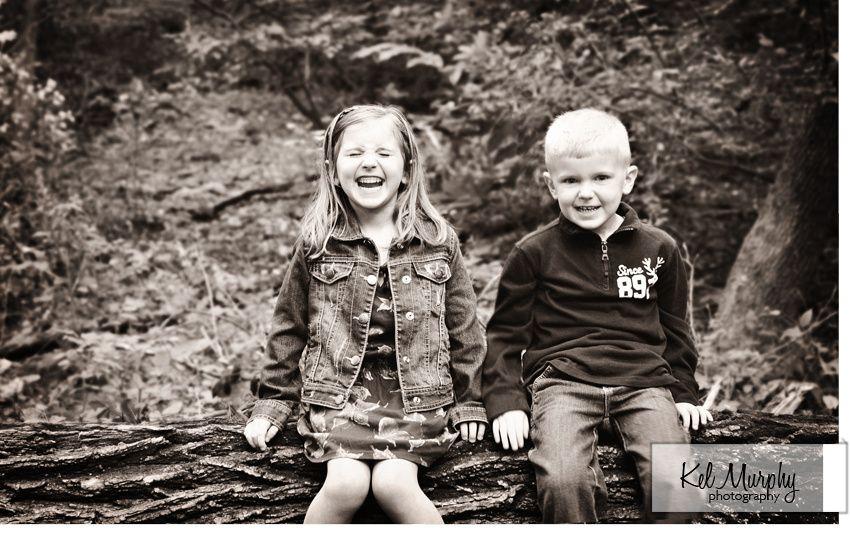 I love LOVE her belly laugh! #children #photography #family #bw #siblings #pose #kelmurphyphotography www.kelmurphyphotography.com