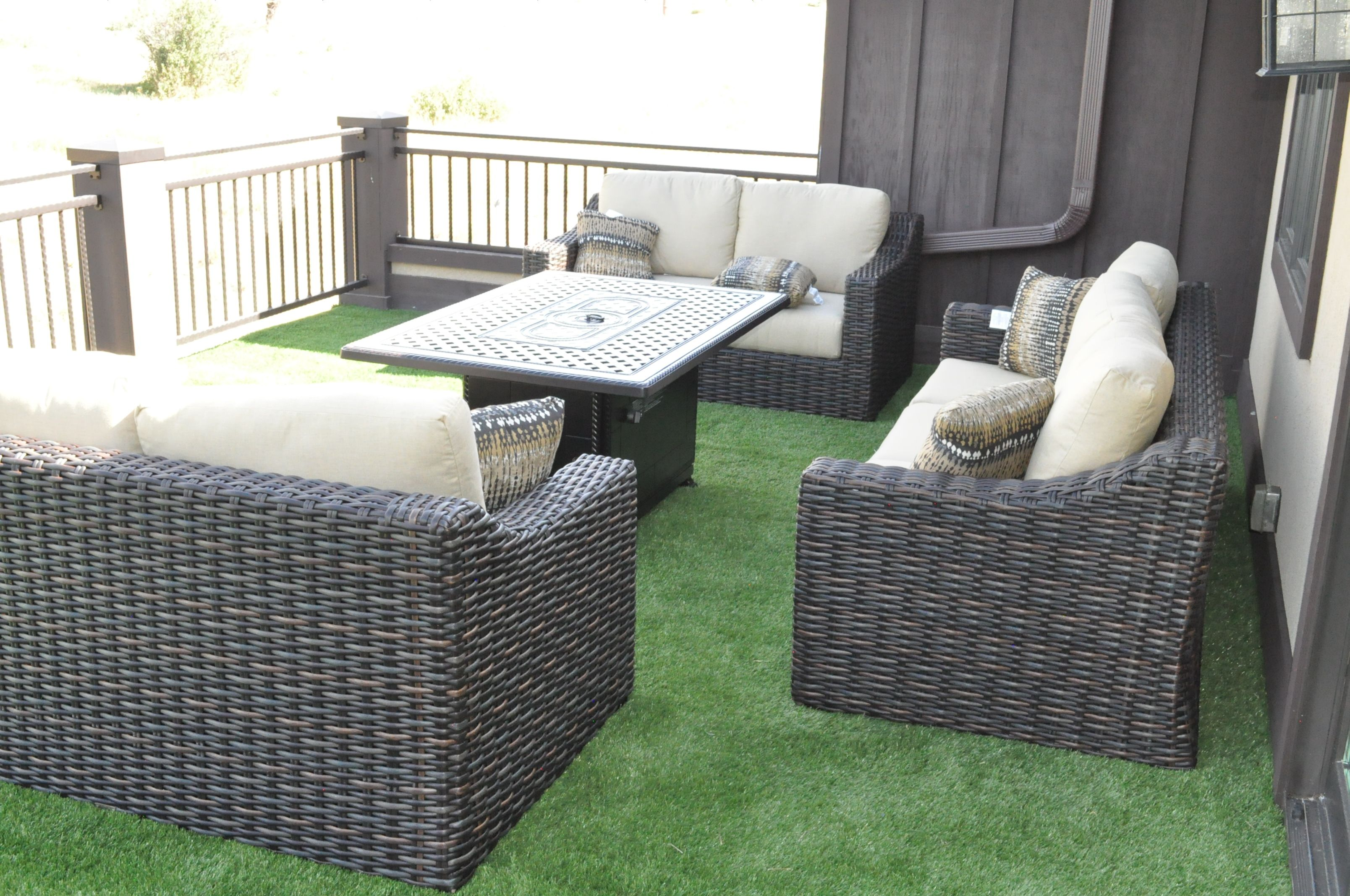 0916a Turf Lawn Sitting Area Turf Artificial Turf Artificial