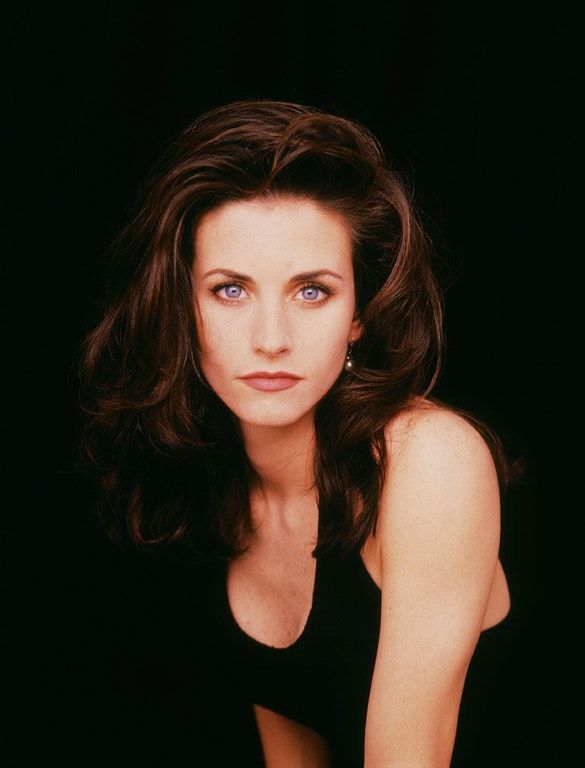 Photo of More like old school, but here is Courteney Cox from 1992: OldSchoolCool