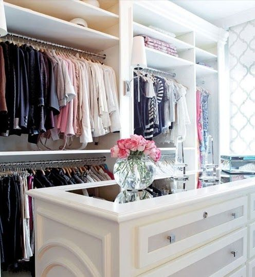A Touch Of Southern Grace : Dream Closet
