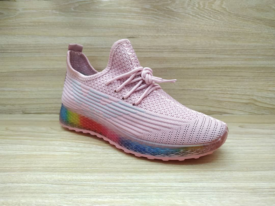 Sneaker Wanita Import Model Yeezy Merk Fashion Code 1038 Warna