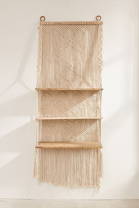 Macramé Hanging Shelf | Apartment Style - Macrame, Macrame ...
