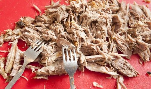 Pulled Pork: Spalla di maiale sfilacciato | Un\'americana in cucina ...