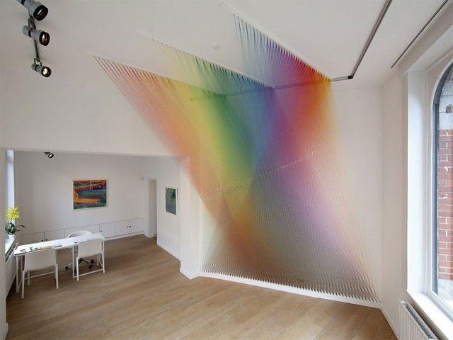 Rainbow Installation - Gabriel Dawe - compositions de fils de