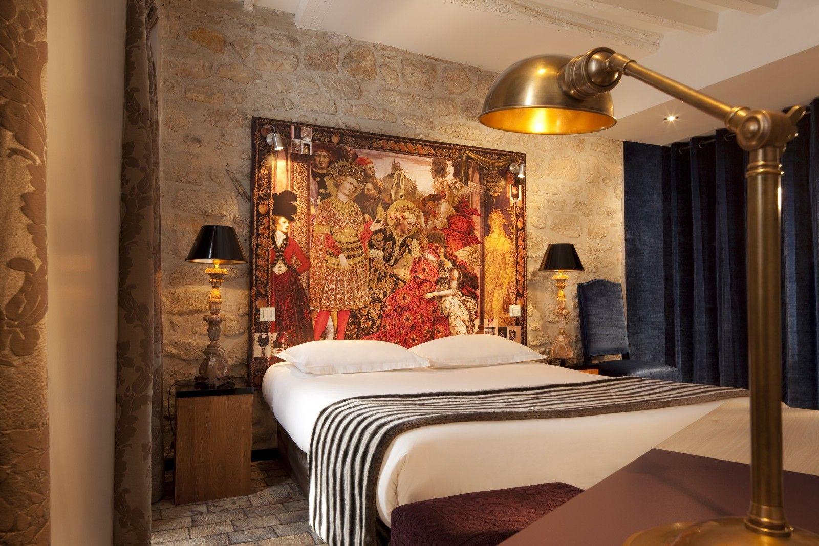 Christian Lacroix  U2013 Hotel Notre