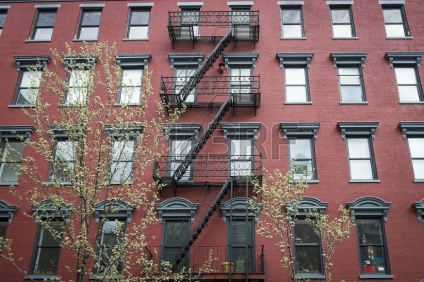 Old Red Brick Apartment Building In New York City Stock Photo 23434814