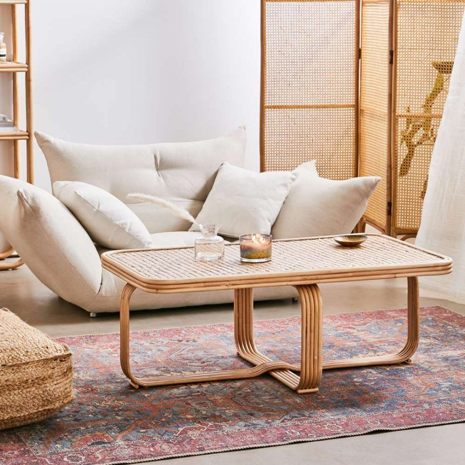 Urban Outfitters rattan furniture welcomes a retro vibes ...