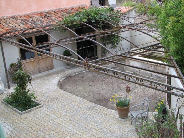 Les Volutes d\u0027Azur - Offres - Jardins et extérieur - Tonnelle