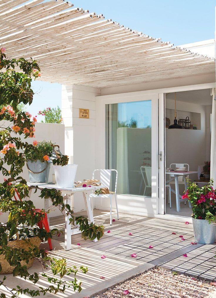 ¿Tienes una pérgola en la terraza? Estas son las mejores cubiertas