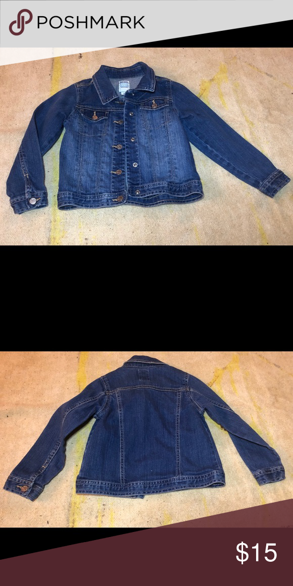 456cc3bef Old Navy Jean Jacket Kids 5T Only worn twice. Perfect under condition. Kids  size 5T Smoke free pet free home Old Navy Jackets & Coats Jean Jackets