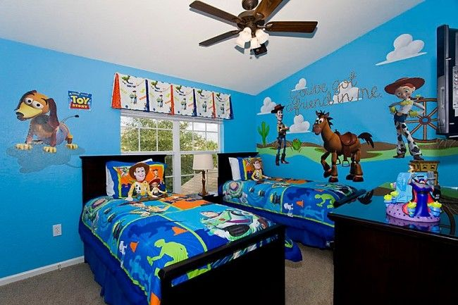 Toys Are At Play In This Fun Toy Story Themed Bedroom 2567 Maneshaw Ln