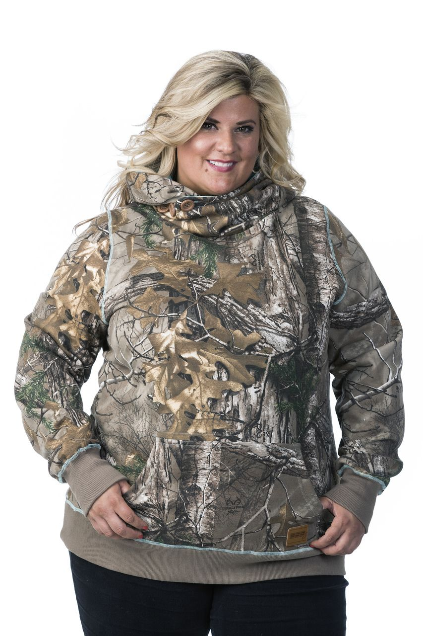 d59350c0339 Amazing Plus size women s Realtree Xtra camo hoodie sweatshirt hunting
