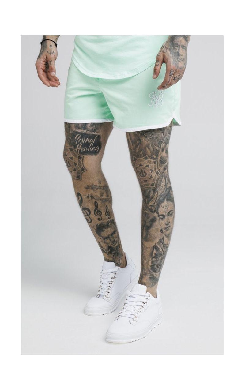 Pantalon Corto SikSilk Blanco y logo Dorado