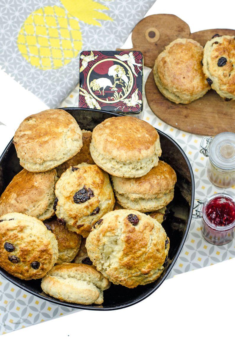 leckere scones scones rezept clotted cream und schnelle rezepte. Black Bedroom Furniture Sets. Home Design Ideas