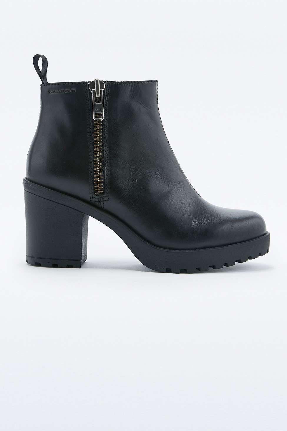 3b4100e18f08c Vagabond Grace Black Side Zip Ankle Boots