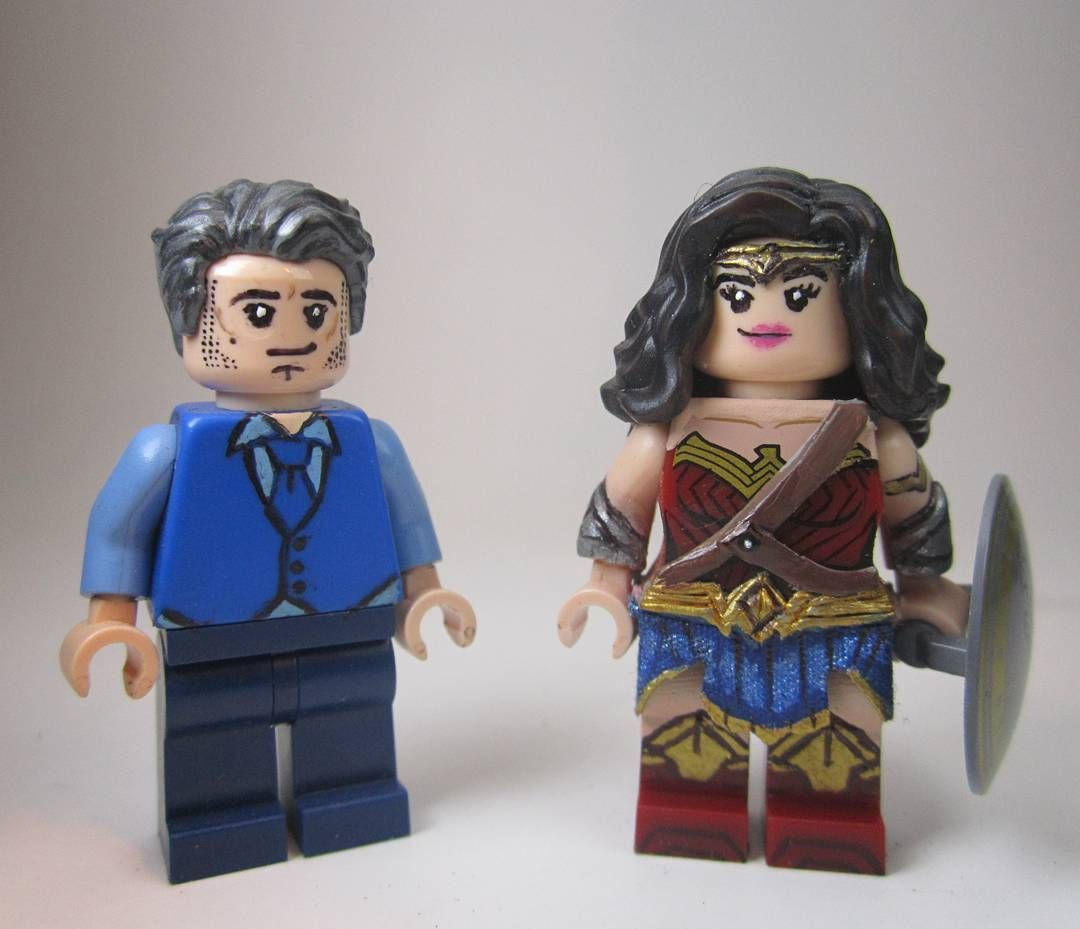 Who else cannot wait for this movie! Batman Vs Superman Bruce Wayne and Wonder woman! #Lego #custom #wonderwomen #galgadot #benaffleck #batman #bvs #batmanvsuperman #dawnofjustice #batmanvsupermandawnofjustice @benaffleck @gal_gadot  sorry for the lack of new customs lately I've been working on a bunch of costumes lately by lightning_bricks