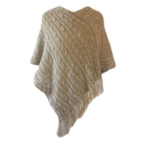 Tricoter un poncho en laine ourrais avoir le modele du ponchon ponchon pinterest poncho en - Explication pour tricoter un poncho femme ...