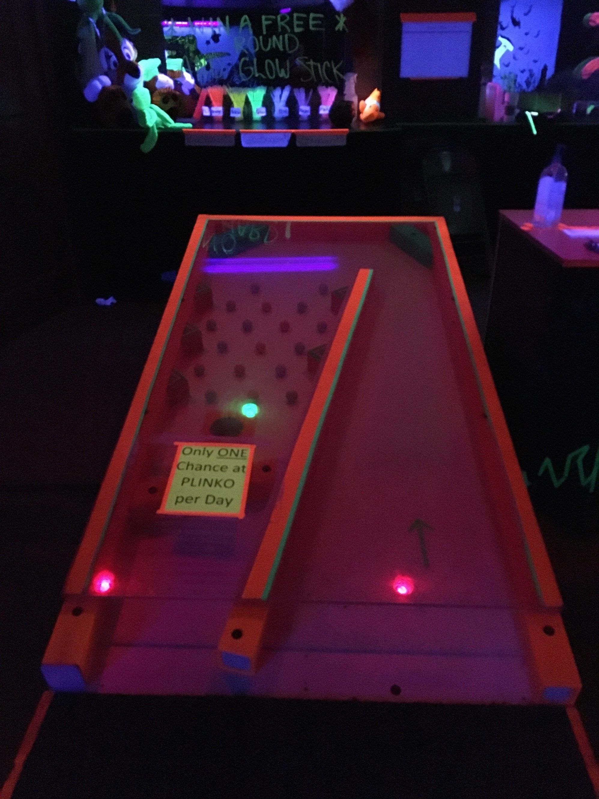 Glow Golf Indianapolis, IN Golf putters, Mini golf