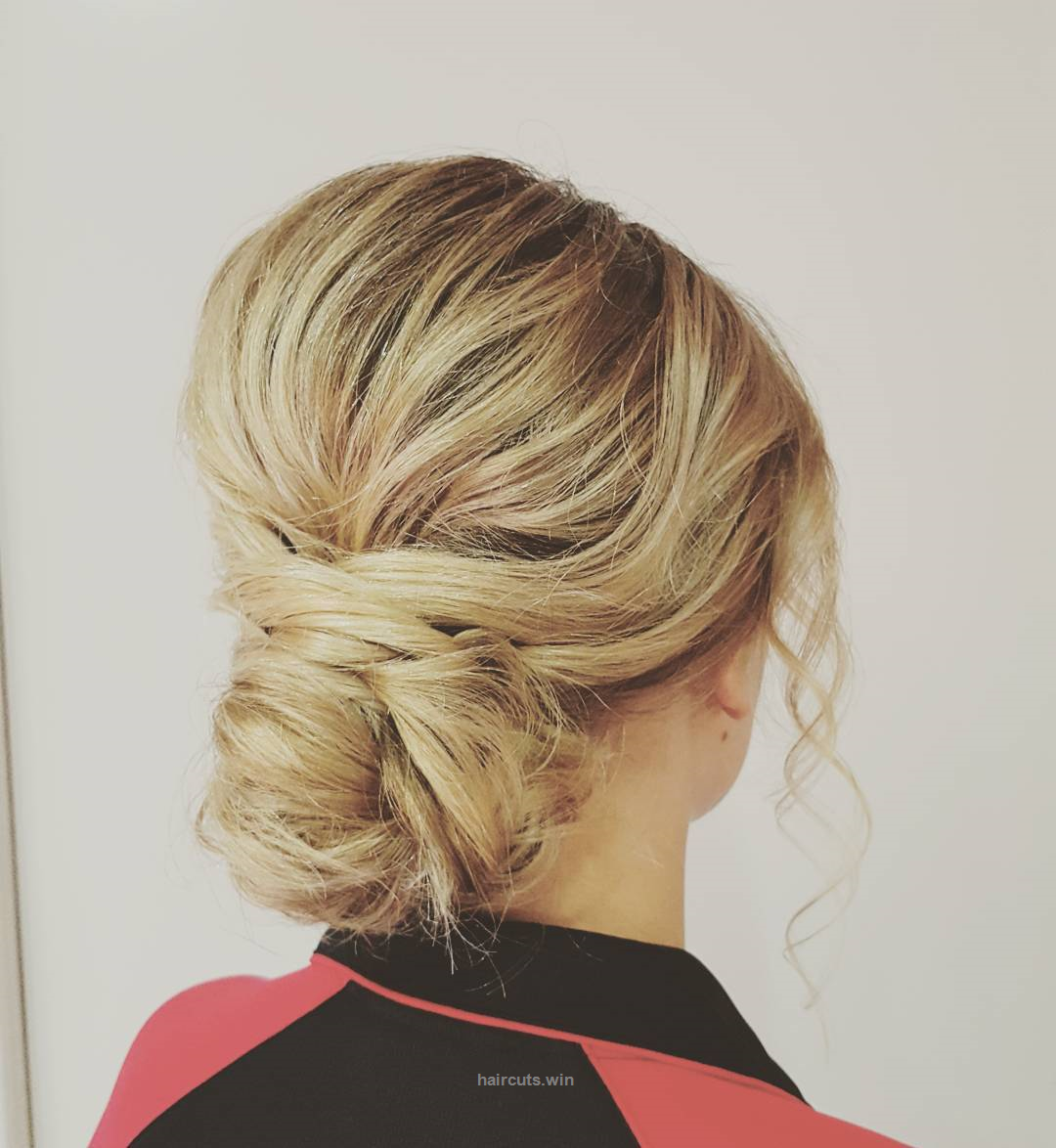 Messy bun for my stunning clienthair by magdalena messybun