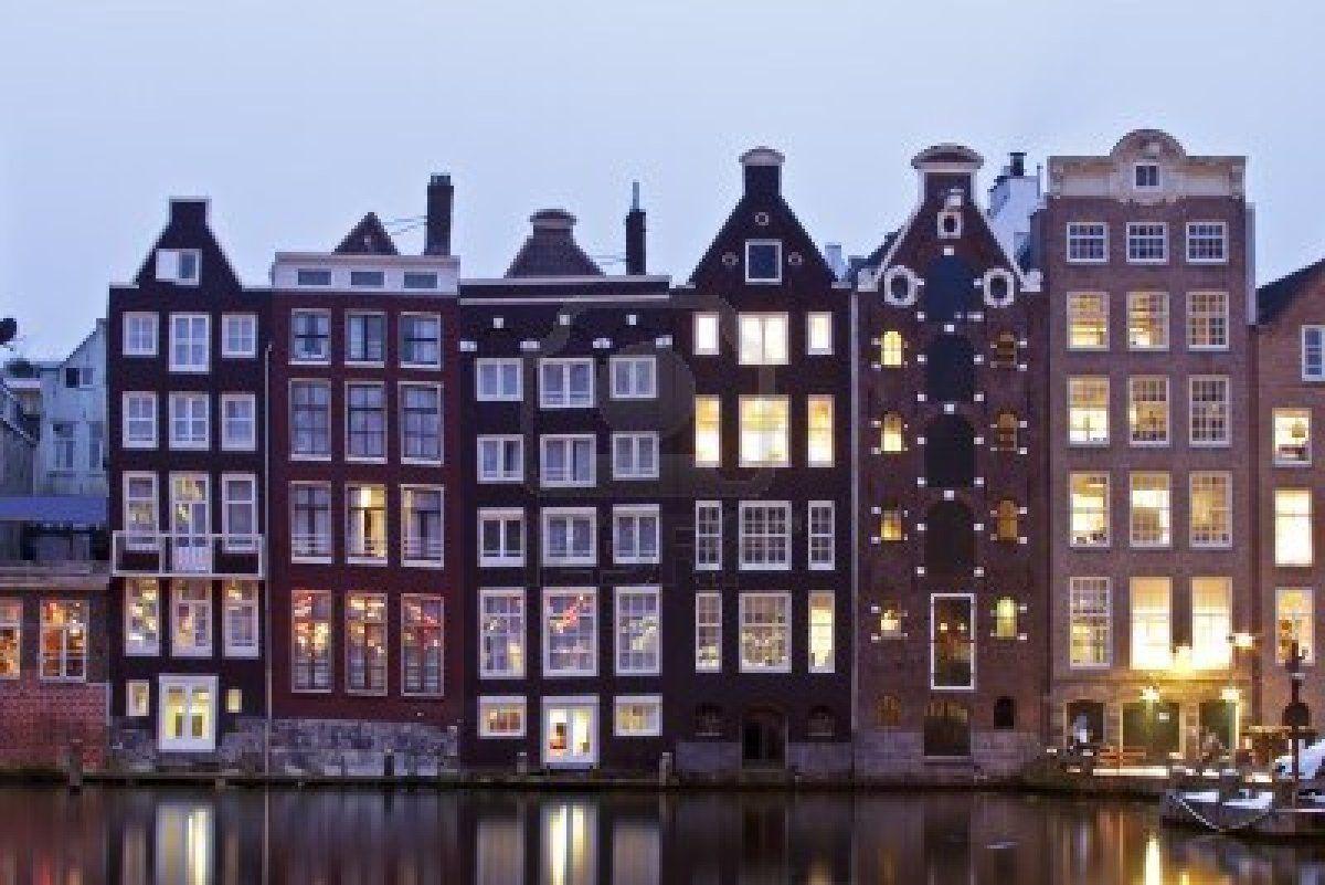 Exterieur buitenzijde van amsterdamse grachtenhuisjes huizen pinterest gevels huizen en - Decoratie exterieur gevel ...