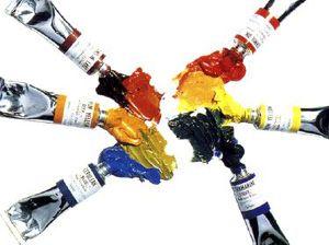 """COLORI AD OLIO Sono chiamati """"colori a olio"""" quei pigmenti che usano come legante un olio siccativo. Di solito si usano l'olio di lino crudo, dal caratteristico colore paglierino trasparente, l'olio di papavero, più chiaro dell'olio di lino e più trasparente, e l'olio di noce, dalle caratteristiche simili a quelle dell'olio di lino."""