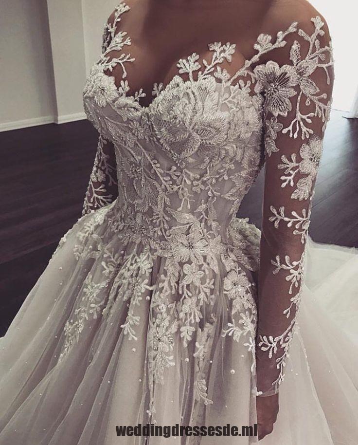 Cette belle robe de mariée à manches longues peut être recréée pour vous. Nous sommes personnalisés – Edeline Ca.