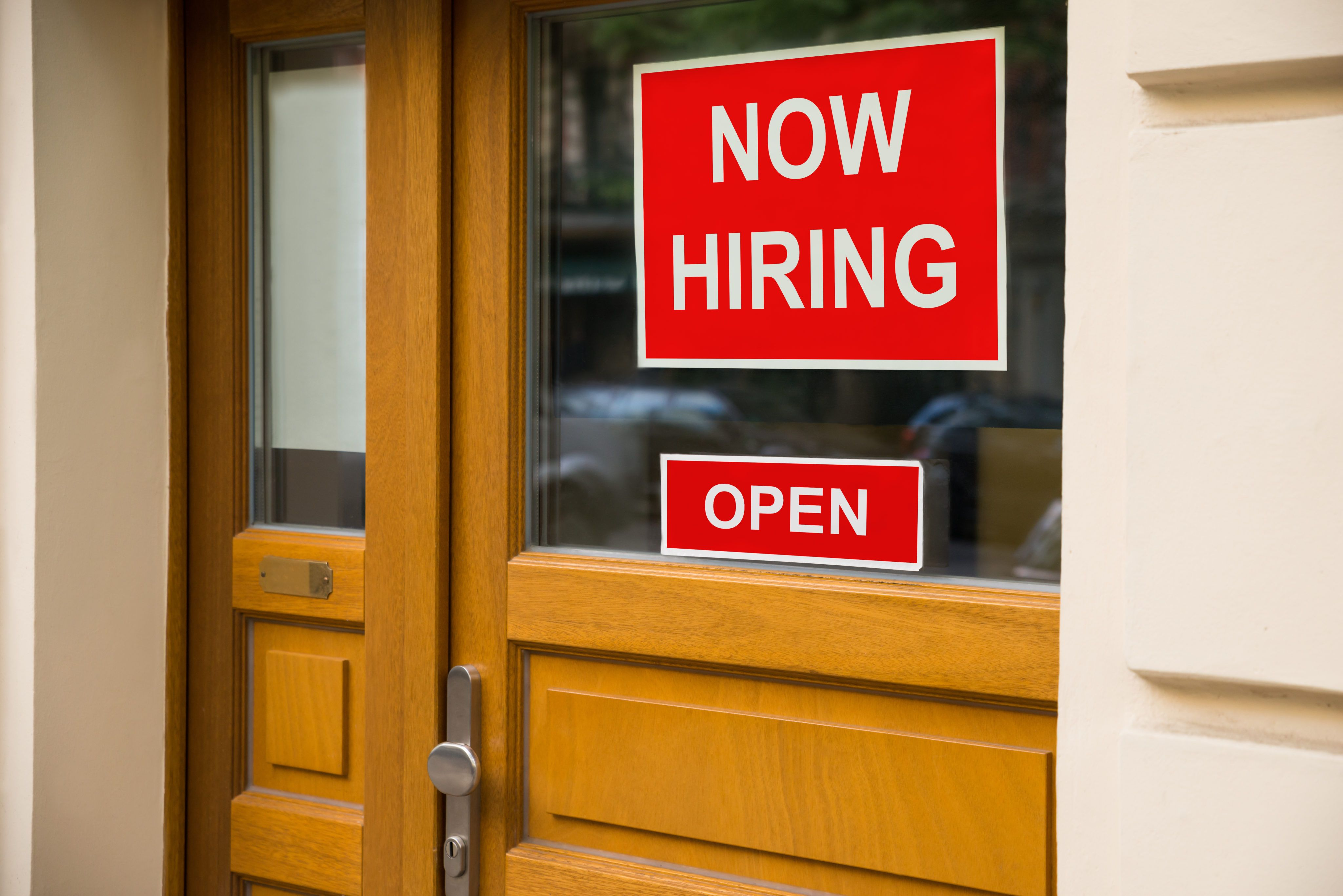 15 Employers Offering Thousands of Jobs That Pay 100,000