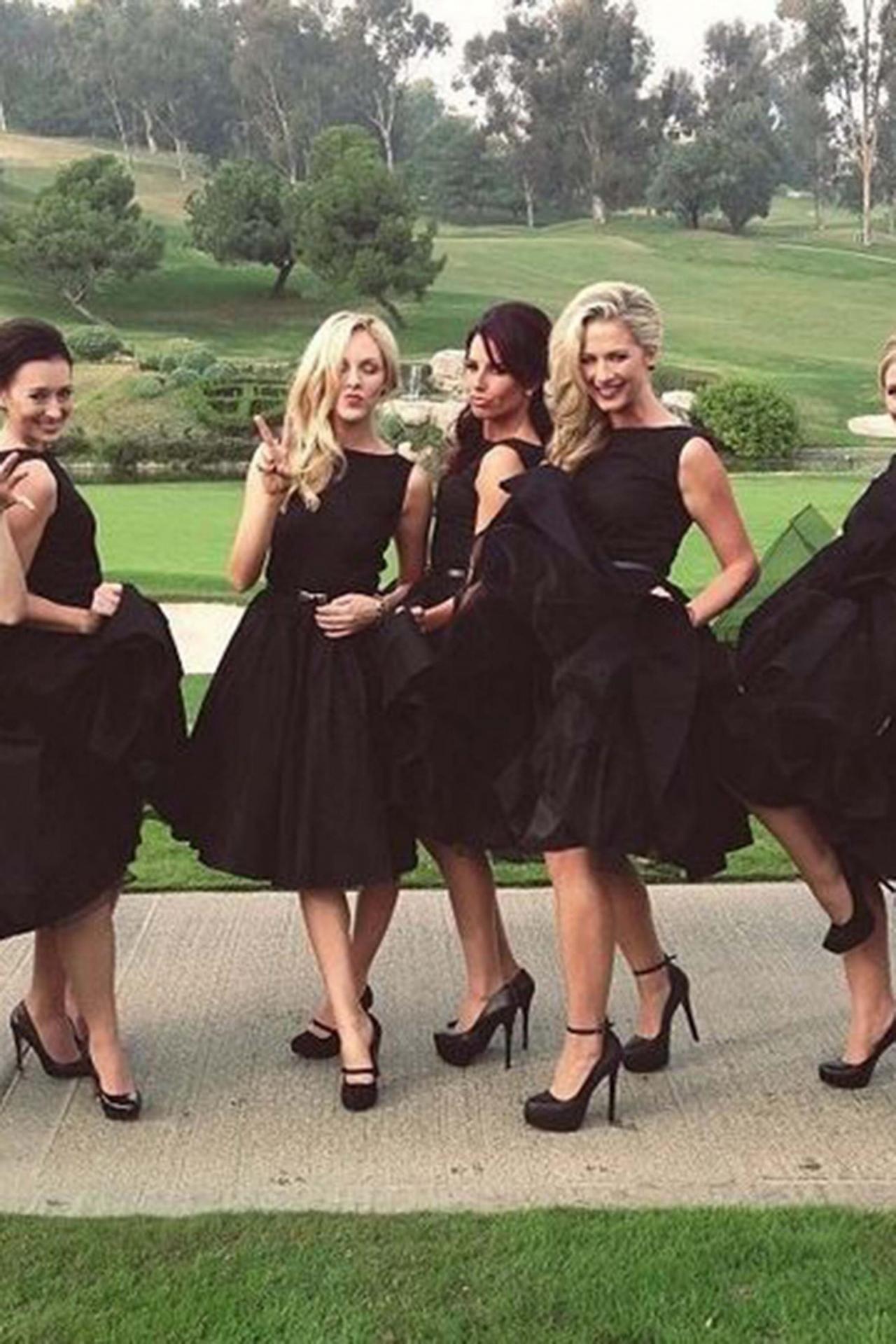 Wedding dresses for black girls  Black Chiffon Aline Round Neck Sho  Weddings