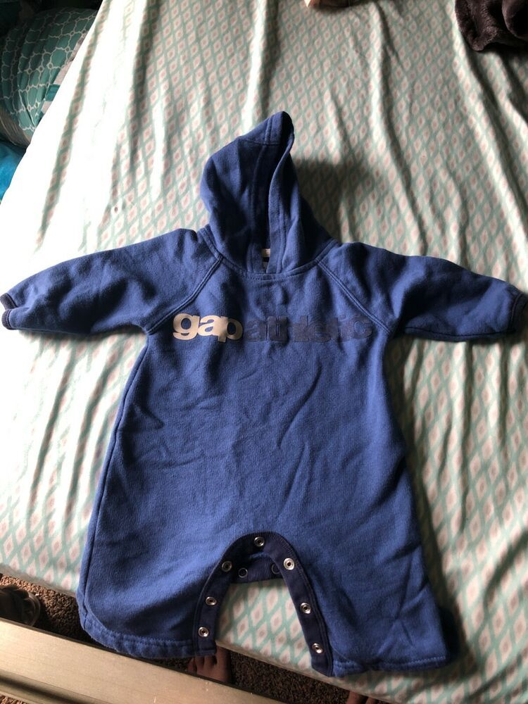 8223fbd02804 EUC Baby Gap Boy Clothes 0-3 Months One Piece Long Sleeve Hooded Bunting  Suit