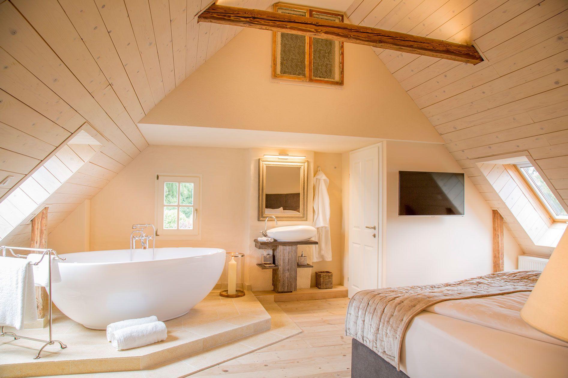Luxusurlaub in der Steiermark: Schlafzimmer mit ...