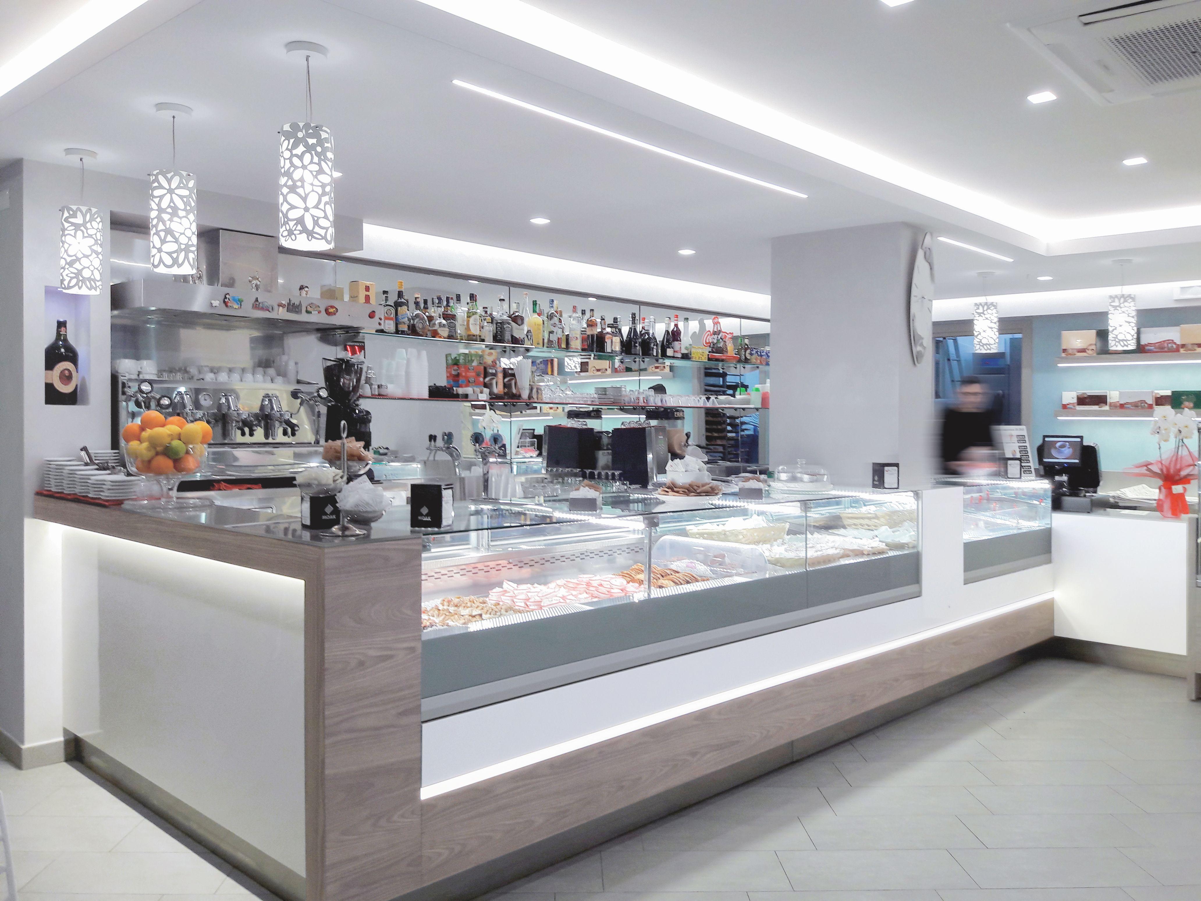 Il nuovo look della pasticceria caffetteria di dio area for Design vendita