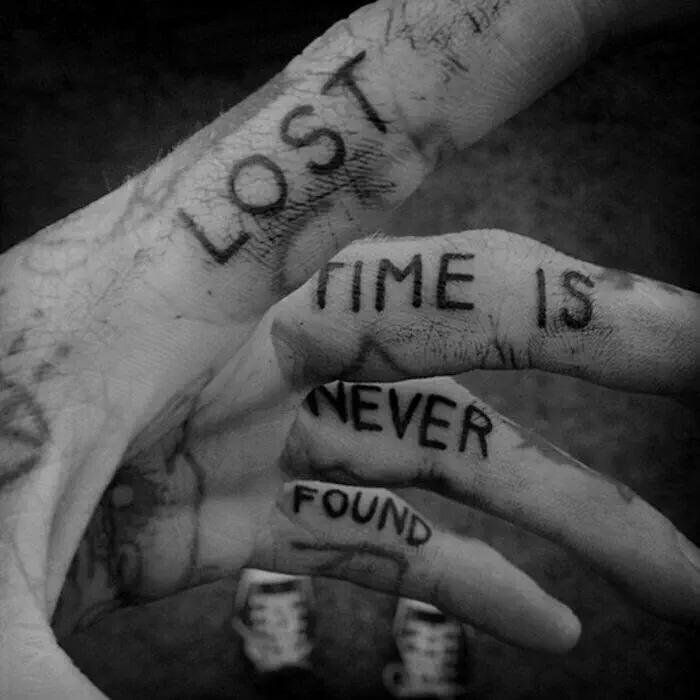 Pin By Trupti On Time Changes Everything Tattoos Tattoos For