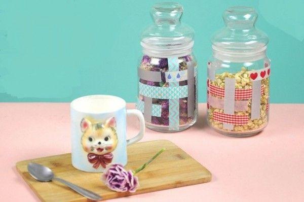 coloridos-frascos-decorados-con-washi-tape