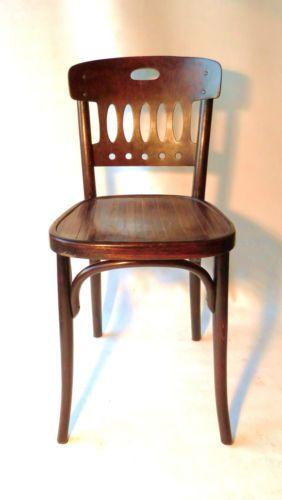 Chaise bistrot bois courbe de Kohn 1912 assise bois