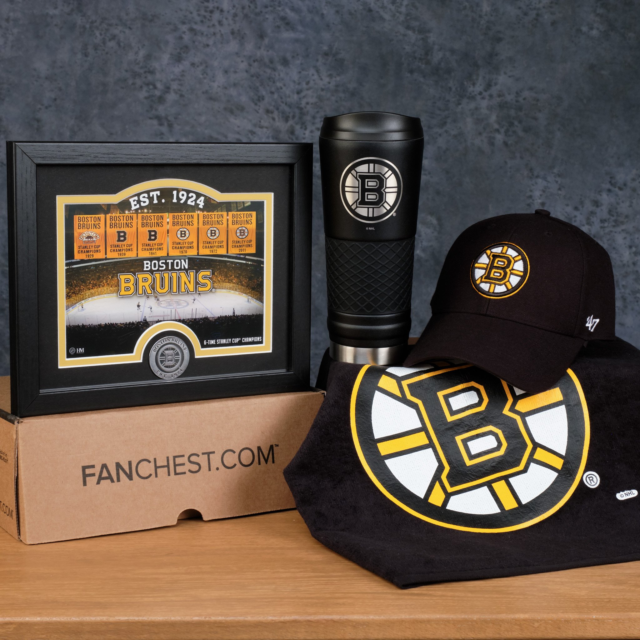 online retailer 275a1 ae4e1 Boston Bruins FANCHEST Deluxe in 2019 | Boston Bruins Gift ...