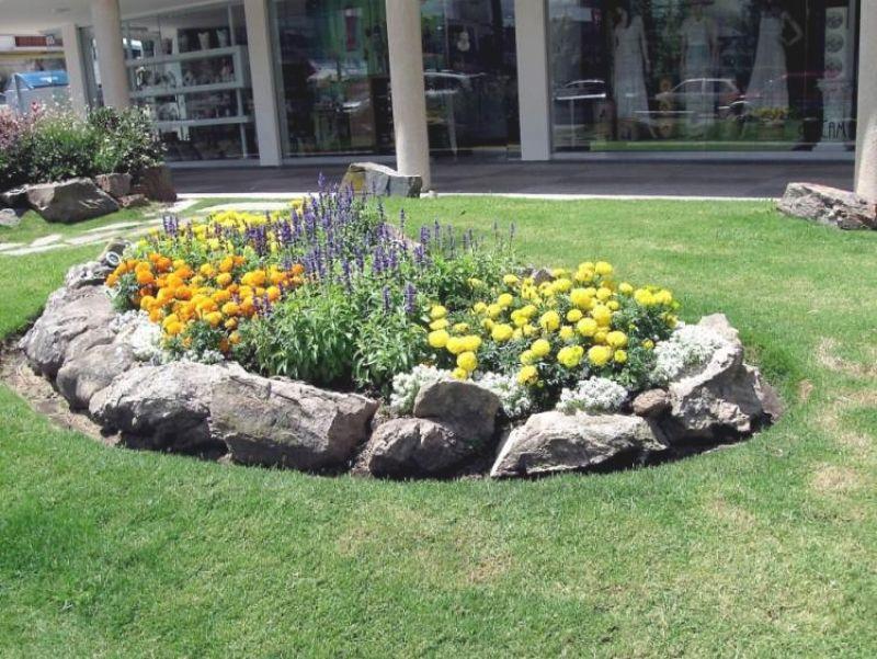 Gartengestaltung Mit Steinen Für Einen Traumhaften Garten At Best Garten  Ideen Beet Mit Steinen Eine Anzahl