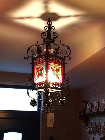 Lustre Lanterne En Fer Forge Noirci Et Verre De Couleur Hauteur 90