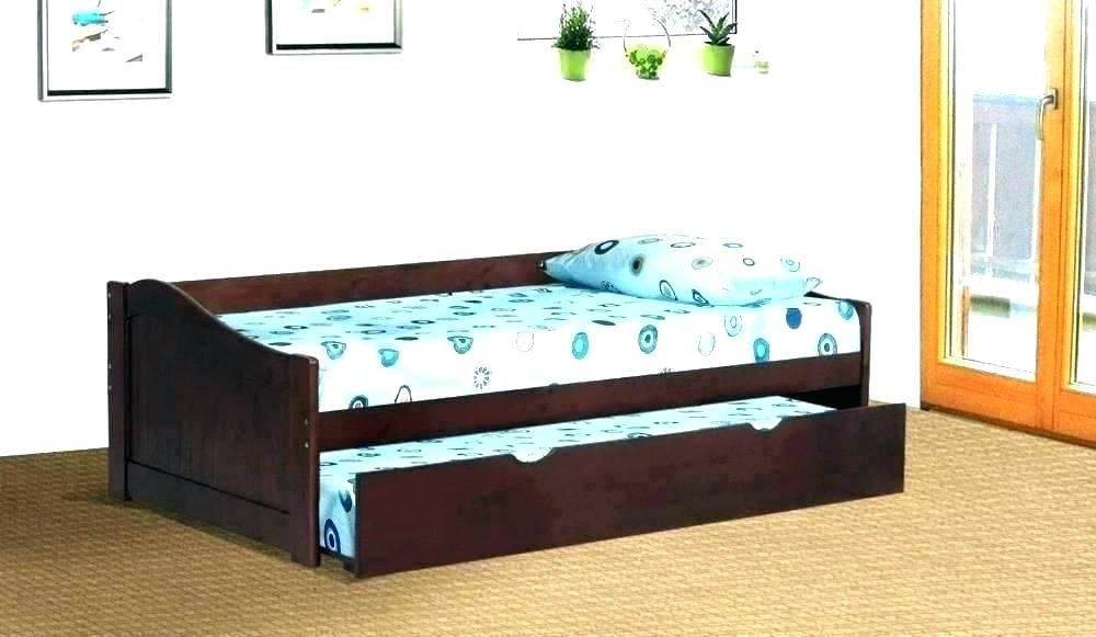 Pin by Bayu Wijayanto on Home Interior in 2018 Pallet daybed, Diy