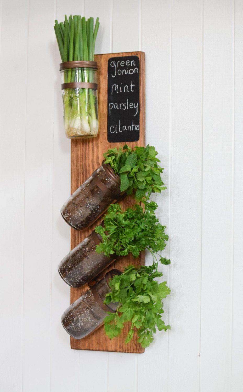 Este jard n de la hierba vertical totalmente hechos a mano for Jardineria al aire libre casa pendiente